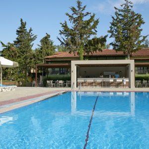 Simantro_The Main Pool with Pool Bar-0024 (1)