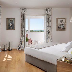 bedroom-1-floor-VIlla-Ralph-sea-view-vol-2-