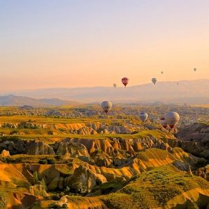 hot-air-ballons-828967_640