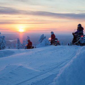 Harriniva Hotels & Safaris Snowmobiles 14
